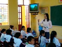 Phải tạo điều kiện thuận lợi để giáo viên cống hiến trí tuệ và nâng cao trách nhiệm với nghề. Ảnh: D.Phương