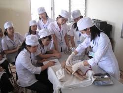 Một giờ học của sinh viên trường y